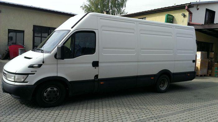 Krovininis-mikroautobusas-Iveco